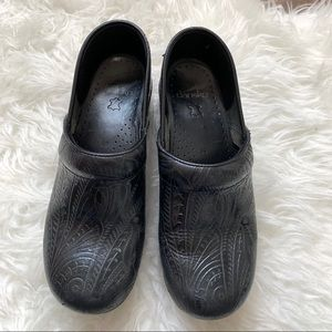 Dansko embossed patent leather clog career shoes